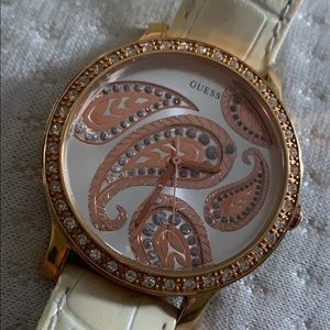 Guess watch rose gold and off white